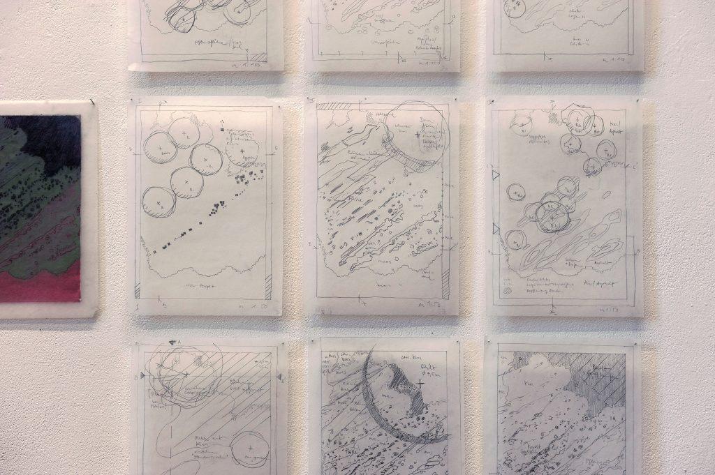 Elisabeth Schuhmann, TOPOS I-IX (Überschwemmung), 2019, Bleistift auf Papier, je 41,8 x 29,6 cm