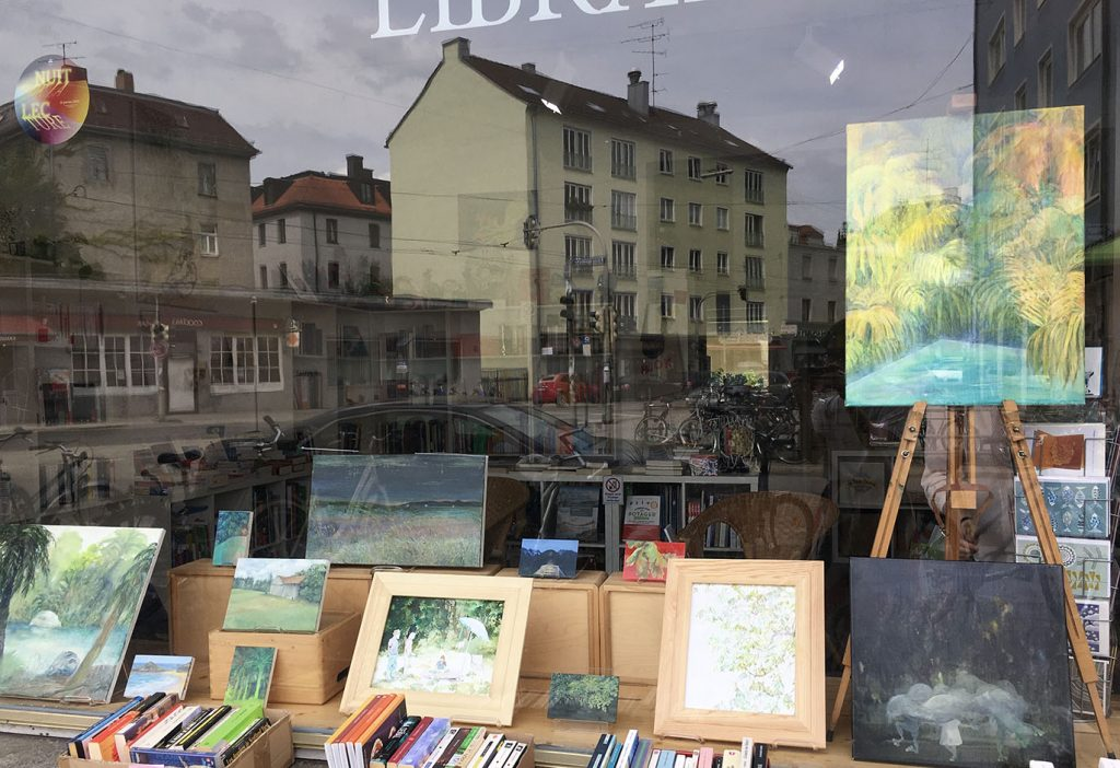 Eun Young Lee, Painting and Books, 2020, Ausstellung in der Librairie Française