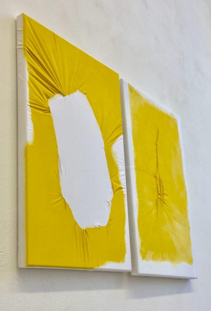 Tabata von der Locht, o.T., 2021, Pigment auf vernähten Textil, je 70 x 100 cm
